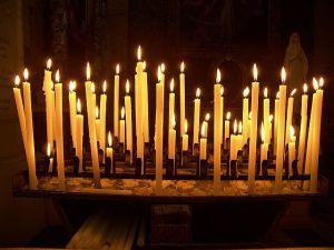 Церковные свечи для снятия приворота